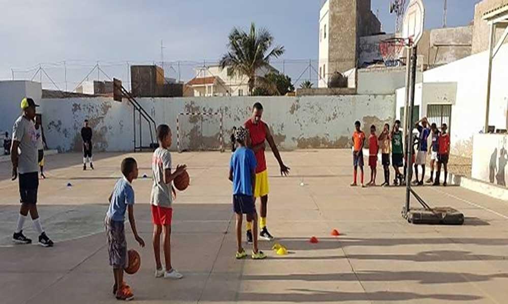 Maio: basqueteboldá sinais de reativaçãona ilha