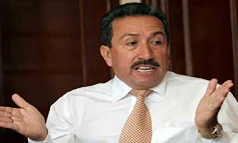 Colômbia: Polícia que matou Pablo Escobar detido por lavagem de dinheiro