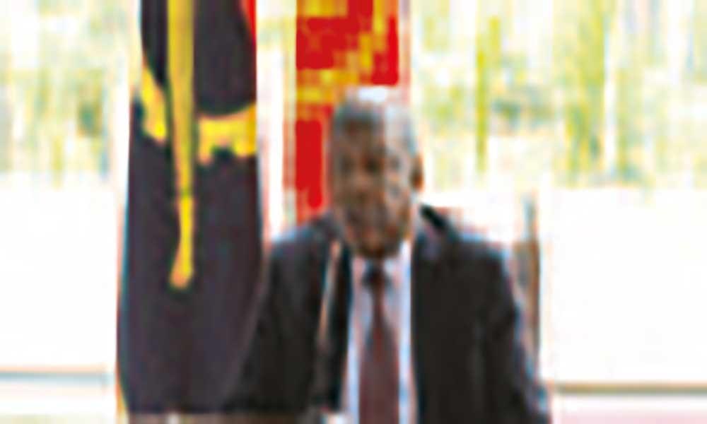 Angola corta para metade subsídios às empresas públicas