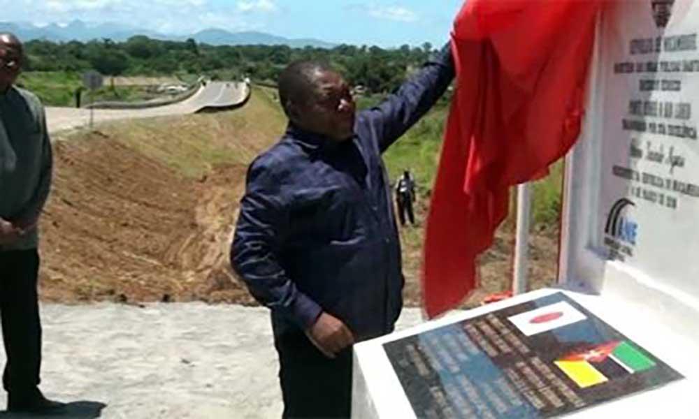 Moçambique:PR inaugura pontes em Niassa e Zambézia