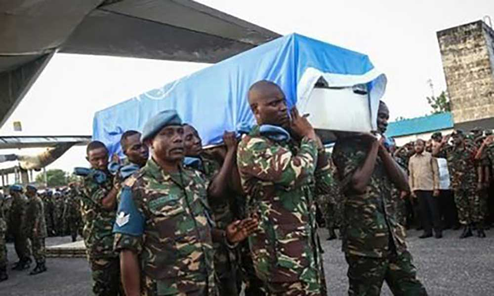 """ONU admite """"falhas"""" após morte de 15 Capacetes Azuis na RDCongo"""