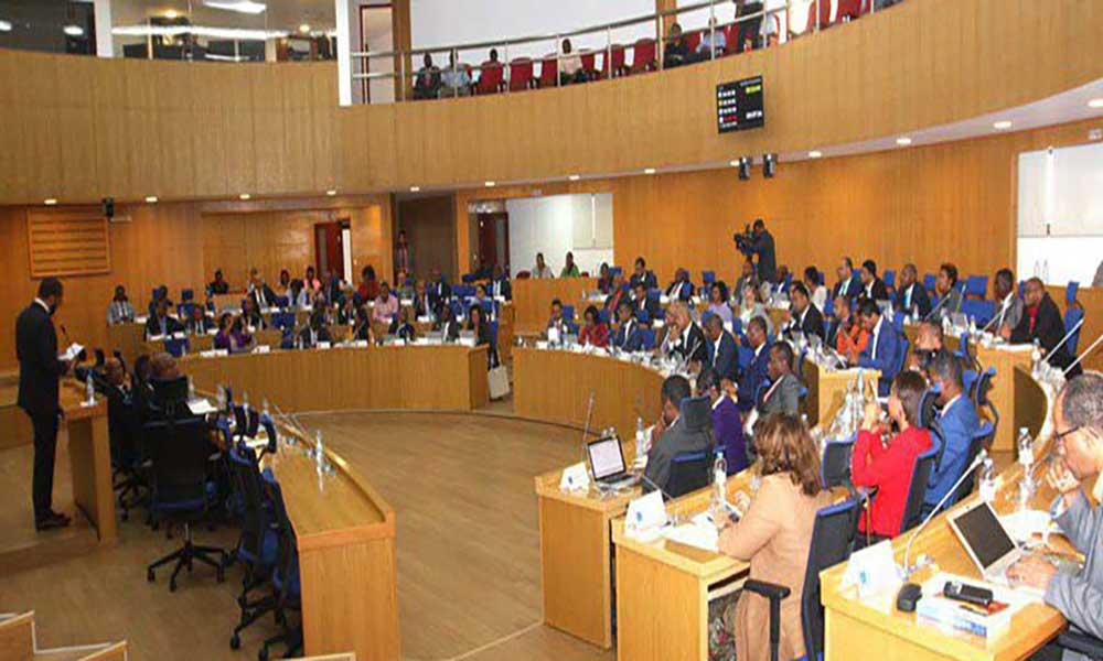 Liderança dos Grupos Parlamentares: Luta renhida nas eleições que se avizinham
