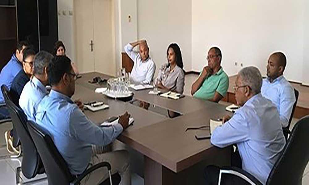 São Vicente: José Gonçalves reúne-se com empresas exportadoras