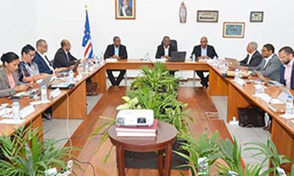 Governo quer transformar Cabo Verde numa plataforma especializada na prestação de serviços na área marítima