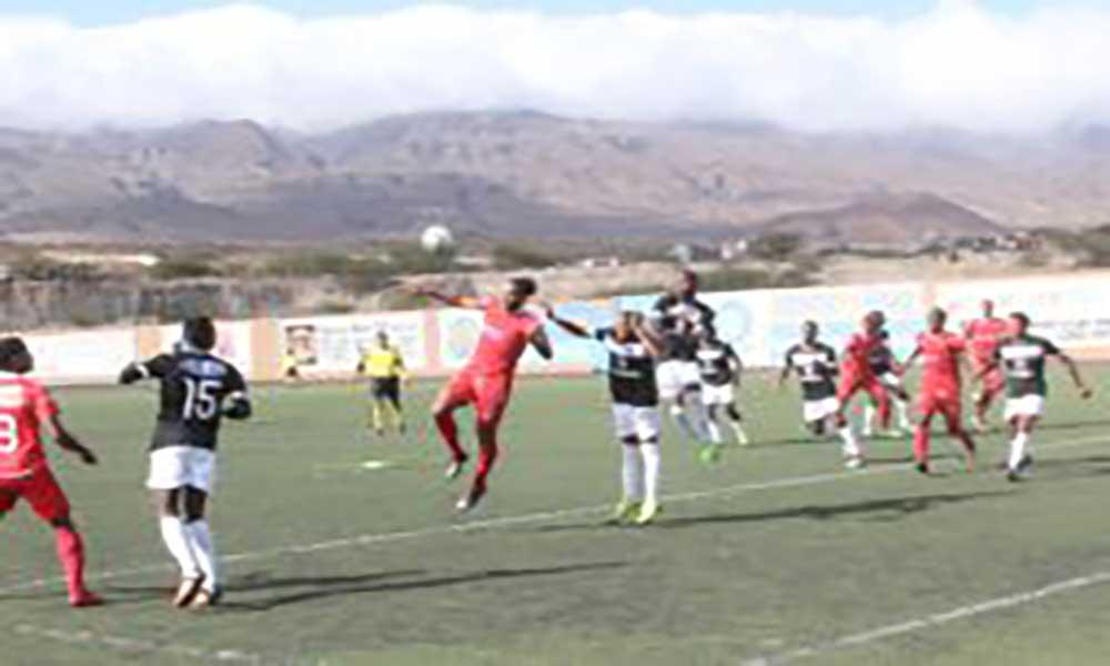 Nacional de futebol: Académica do Porto Novo e Mindelense empatam a uma bola