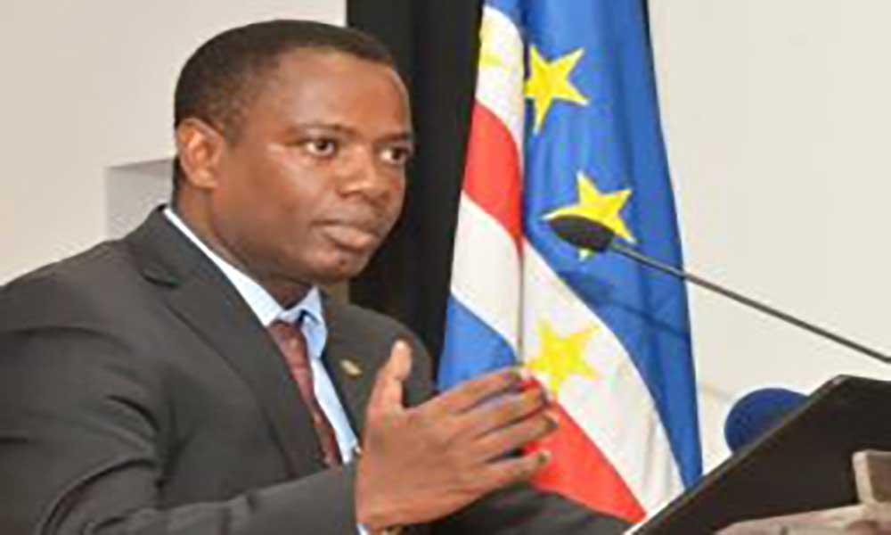 """Olavo Correia: """"Demos mais um importante passo na melhoria do ambiente de negócios de Cabo Verde"""""""