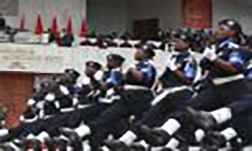 Angola: Banco financia compra de alimentos para polícias e militares