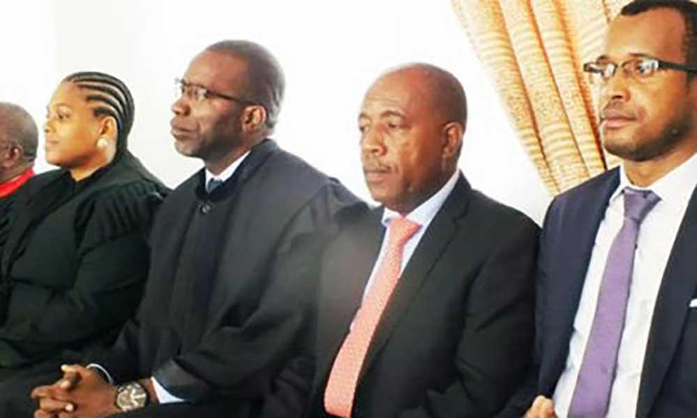 São Tomé e Príncipe: Maior Partido de Oposição suspende presidente e mais cinco membros