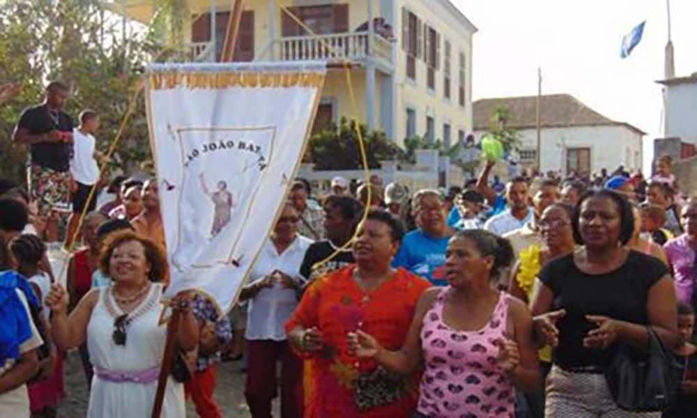 """Ilha Brava: """"Os Tubarões"""", """"Cordas d'Sol"""" e Lejémea são os cabeça-de-cartaz das Festas do Município e de Nhô São João Baptista"""