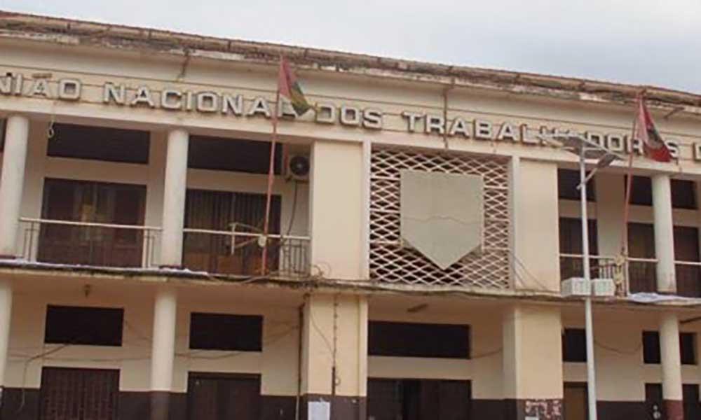 Guiné-Bissau: Central Sindical decreta greve geral entre hoje e quinta-feira