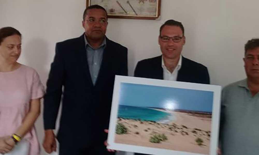 Delegação da Câmara Municipal do Seixal visita ilha da Boa Vista