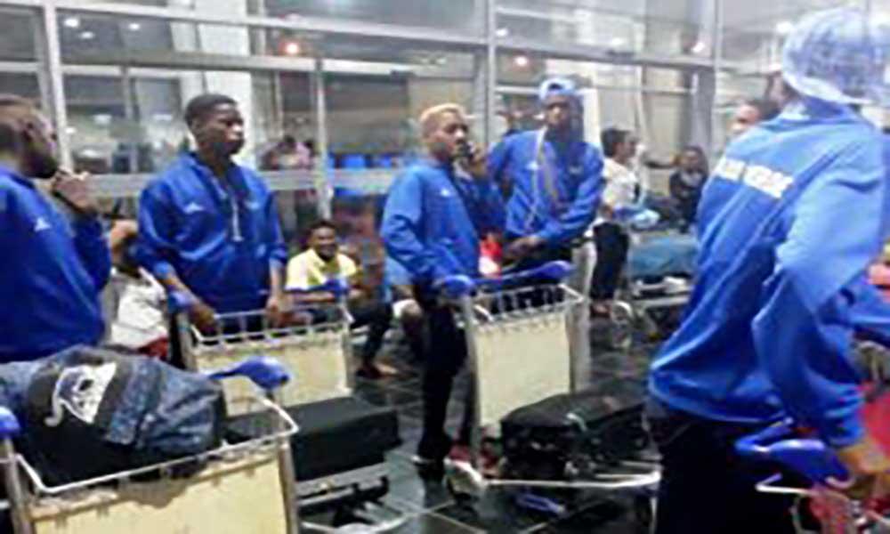 Jogos CPLP: Selecção de Futebol sub-16 está a caminho de São Tomé