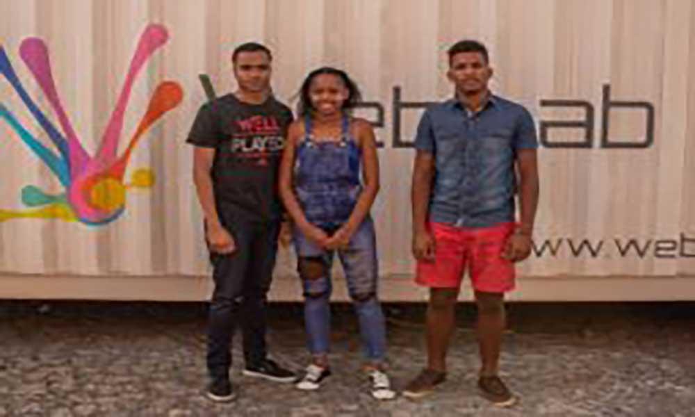 Team Cabo Verde FGC 2018 visita WebLab