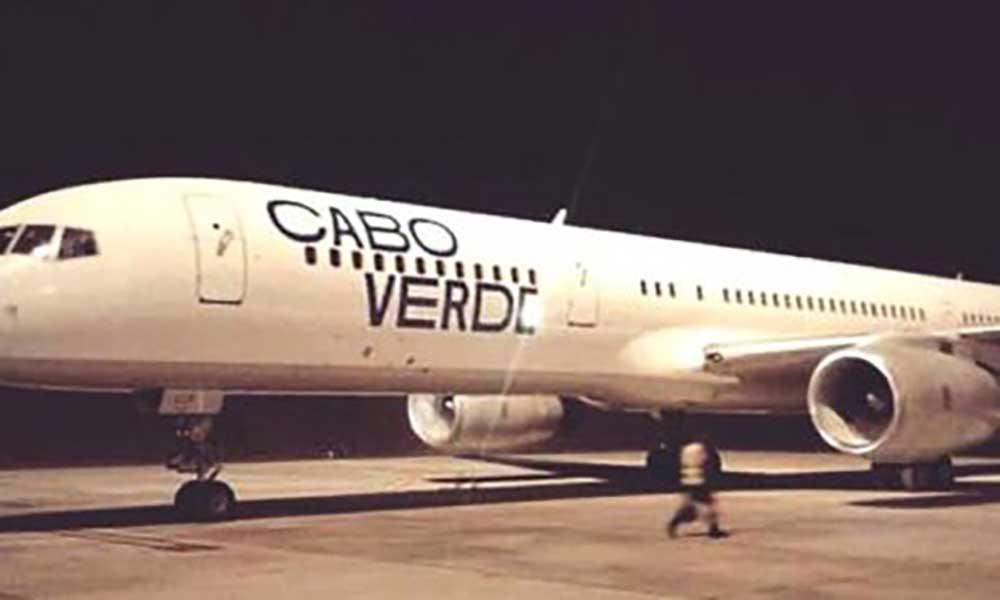 Novo Boeing 757 da Cabo Verde Airlines aterrou na madrugada de sábado na cidade da Praia