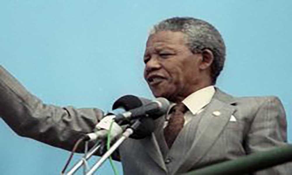 África do Sul: Filhas de Mandela levam luta pela herança ao Tribunal Constitucional