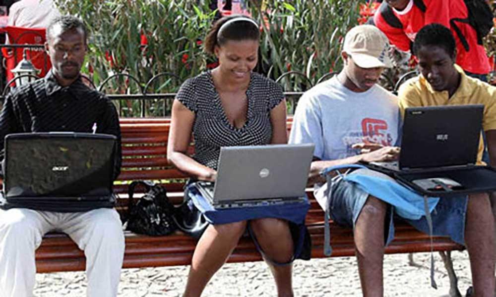 Angola: Universidades entregaram diplomas a 3.550 novos licenciados