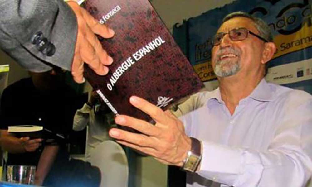 """""""O albergue Espanhol"""" de Jorge Carlos Fonseca na semifinal do prémio literário Oceanos"""