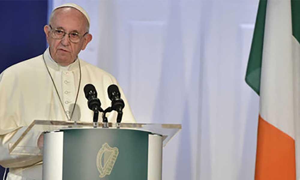 Vaticano: Papa lamenta resposta da Irlanda a abusos sexuais