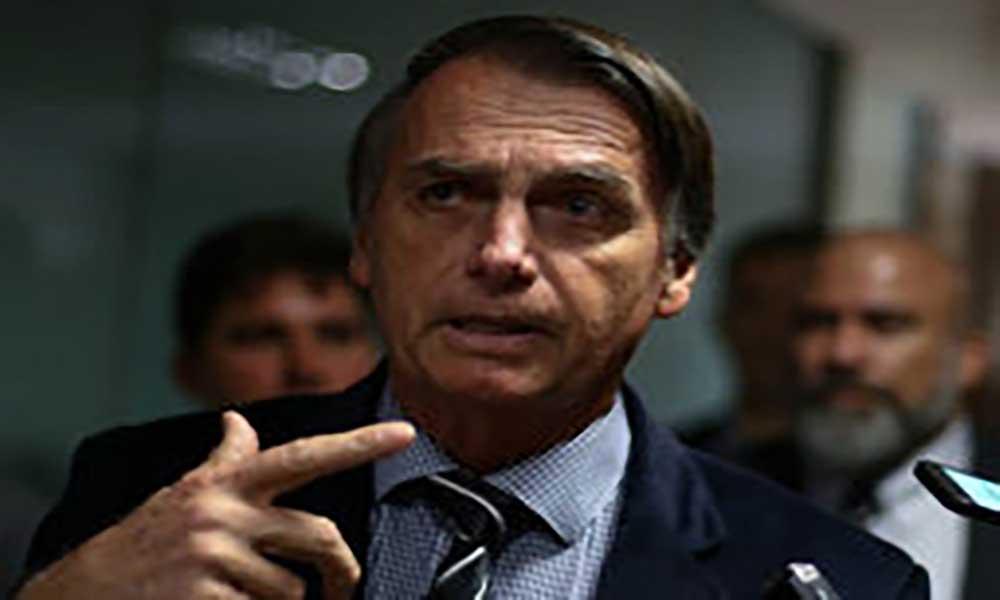 Candidatura de Bolsonaro pode ser impugnada se for provado financiamento empresarial