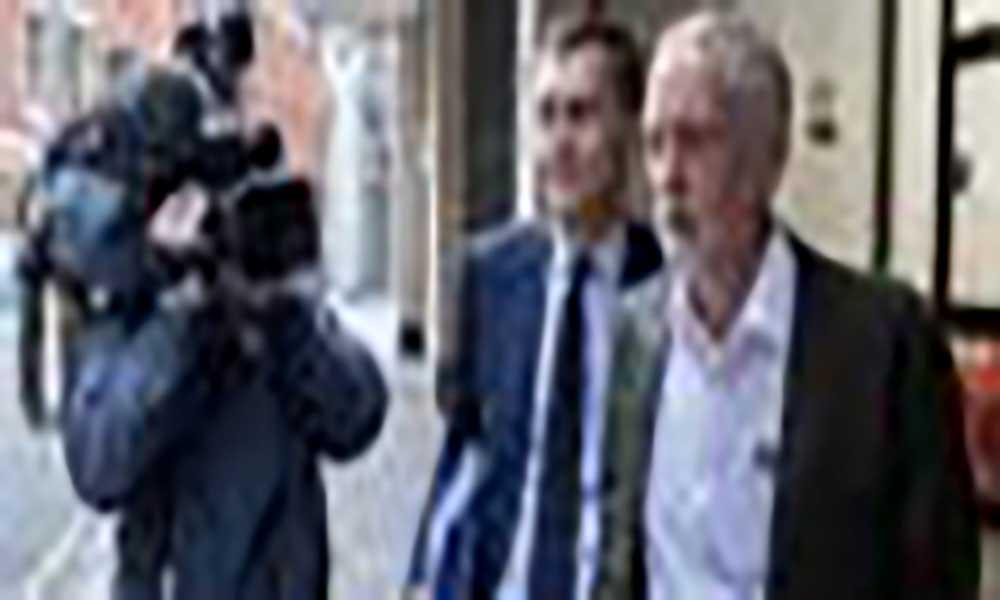 "Líder trabalhista admite segundo referendo sobre ""brexit"""
