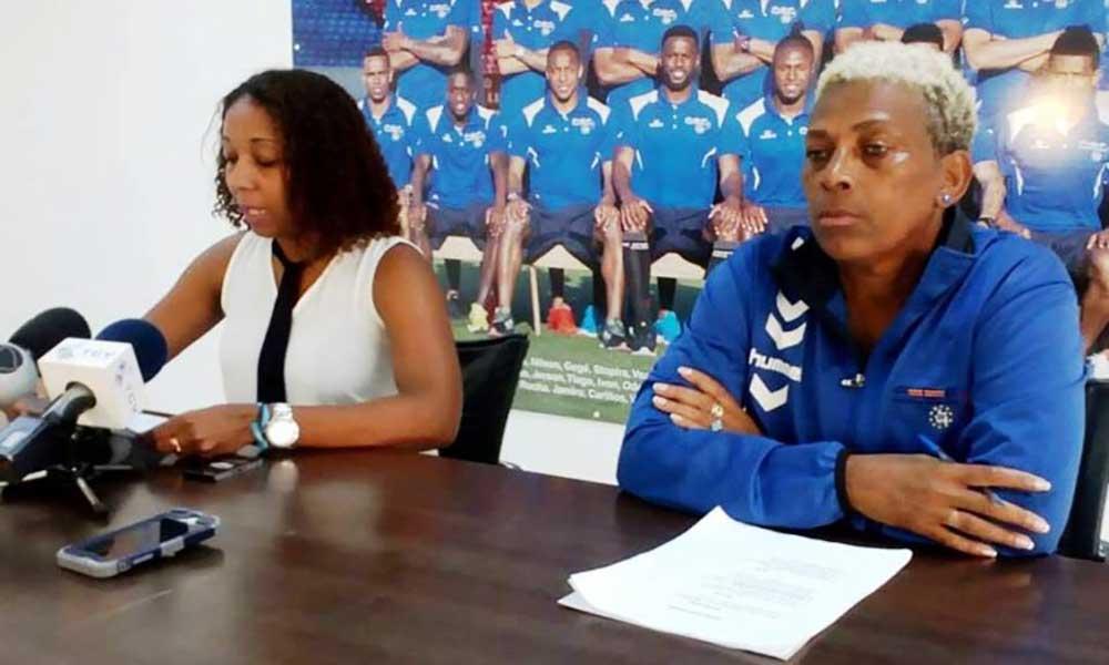Equipa técnica apresenta primeira convocatória de sempre da selecção nacional de futebol feminina