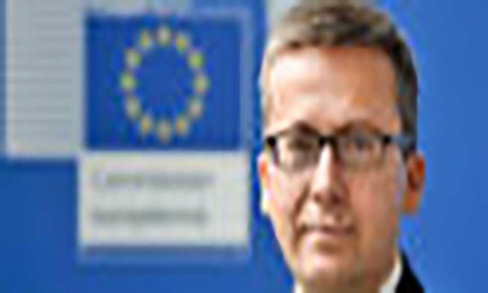 Comissário Moedas visita Cabo Verde onde assinará acordo sobre investigação marinha