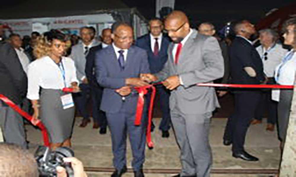 Primeiro-ministro promete nova casa para a FIC no Centro Internacional de Convenções em 2019