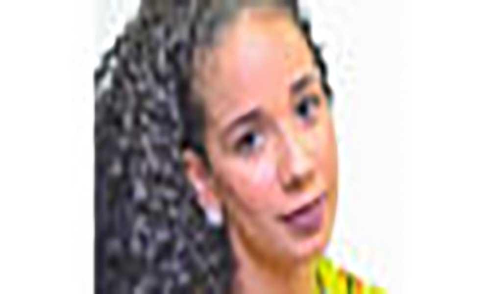 "Jovem empreendedora lança ""Shanna"" na FIC"