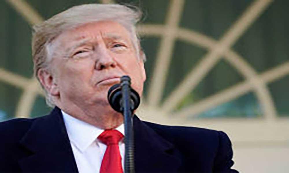"""EUA: Comissão valida acusações contra Trump e dá sinal verde para voto do """"impeachment"""""""
