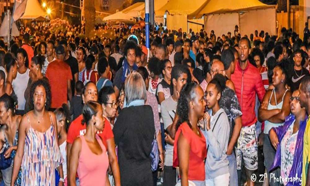 """São Vicente: Avenida Marginal """"invadida"""" pela 7ª edição do Kavala Fresk Feastival"""