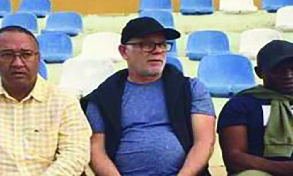 Futebol: Director de recrutamento do Nancy de visita a São Vicente.