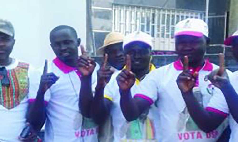 Presidenciais na Guiné-Bissau: Apoiantes de Domingos Simões Pereira sensibilizam eleitores na Cidade da Praia